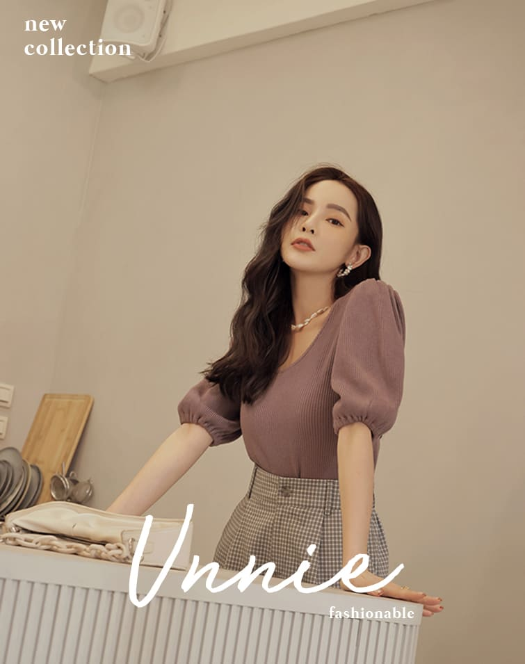 RIBBED ROUND NECK PUFF SLEEVE TOP