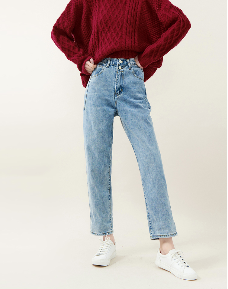 Two Buckles Washed Boyfriend Jeans