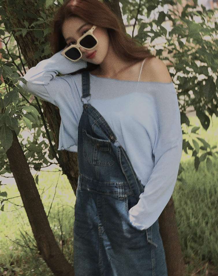 AIRY SPAGHETTI CROP PADDED CAMISOLE